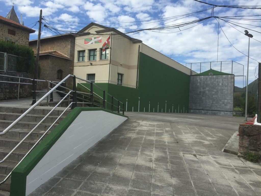 Altamirako frontoia