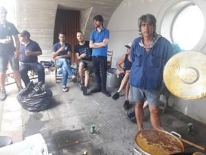 Marmitakoa prestatzen, Elantxoben