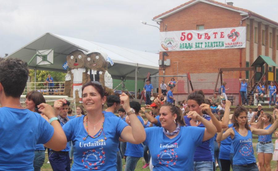 Urdaibai dantza taldea 50 urteurrena