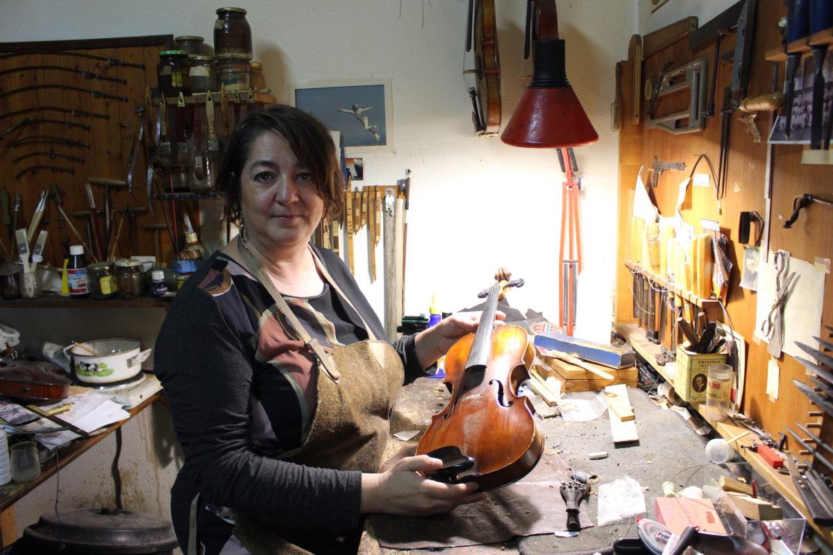 LAURA VICARIO LUTHIERRA